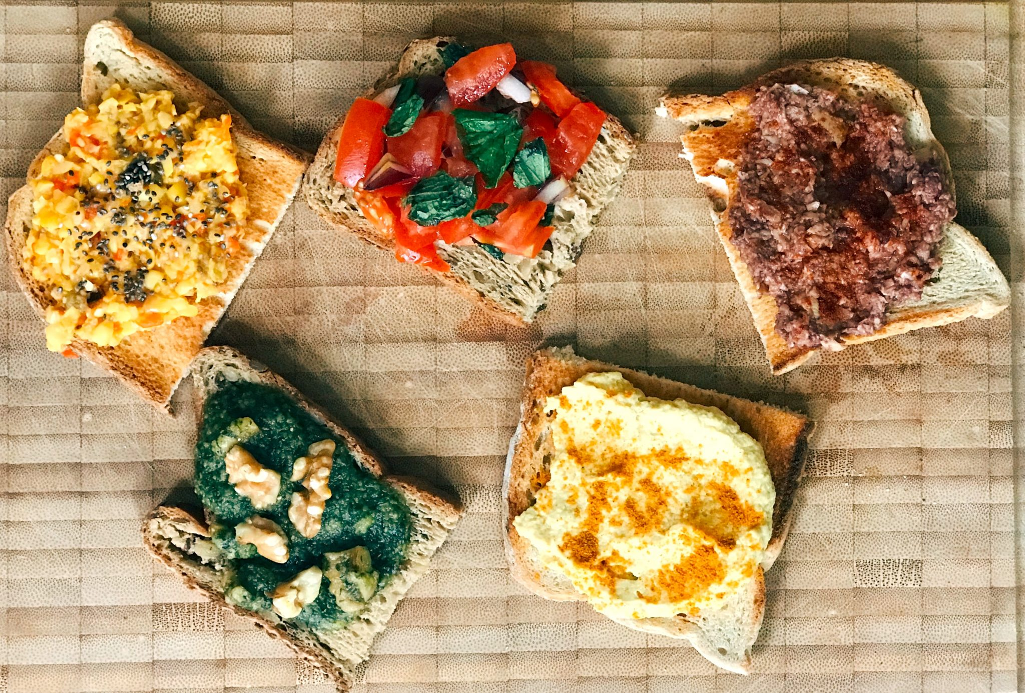 Five Energising Toast Toppings!