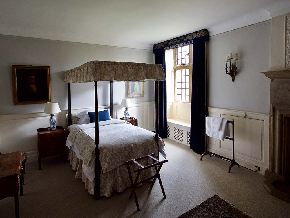 Mapperton House single bedroom
